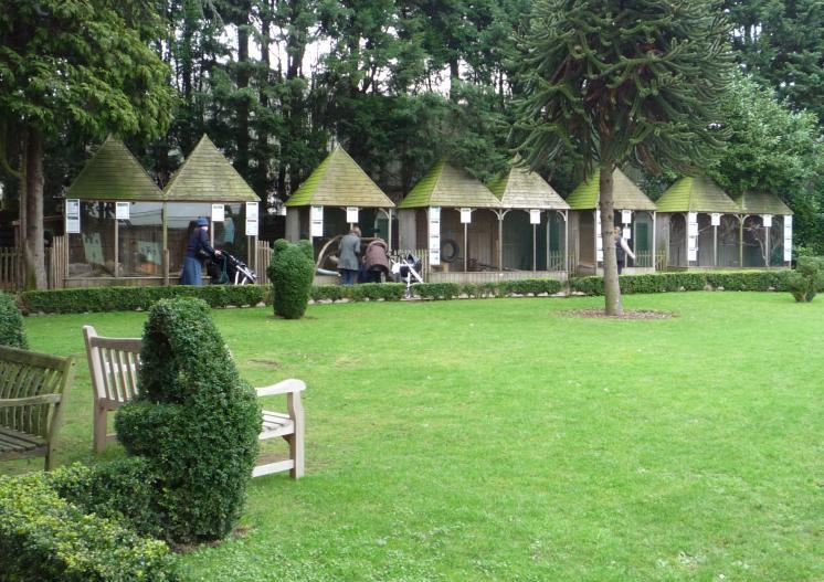 Van Hage Animal Gardene